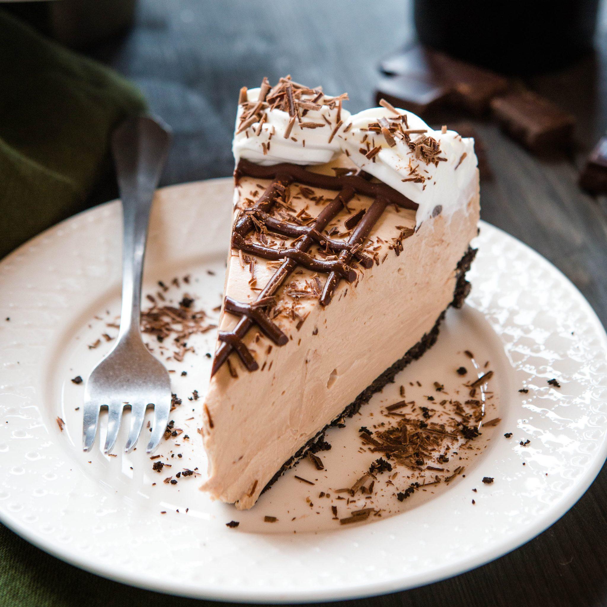 Bailey's Irish Cream Cheesecake (No Bake Recipe