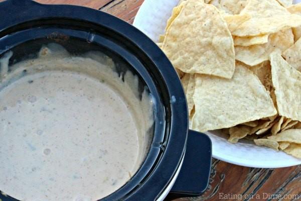 Crock Pot Mexican White Cheese Dip